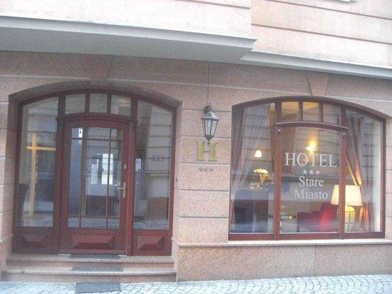 Hotel Stare Miasto:                   центральный вход