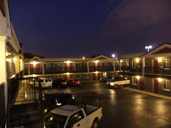 Carlton Inn Midway:                                                       extérieur