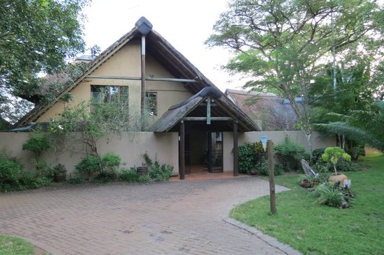 Buckler's Africa:                   Bucklers Africa Komatiepoort