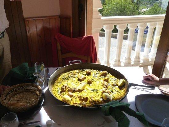 L'Era:                   Die Paella-Valenciana im Lera