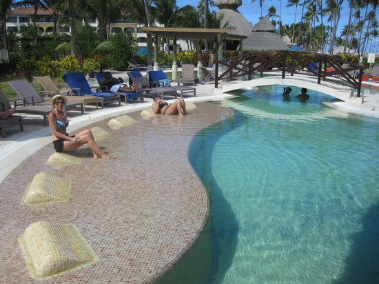 Now Larimar Punta Cana:                   This is the preferred pool
