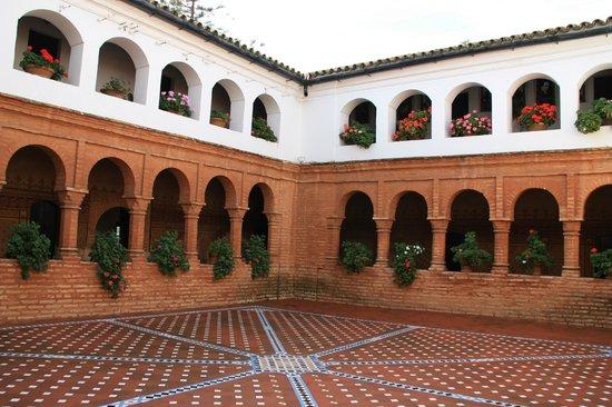 Monasterio de La Rábida:                   Claustro