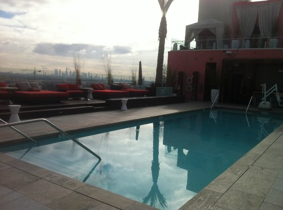 W Hollywood: Swimming Pool