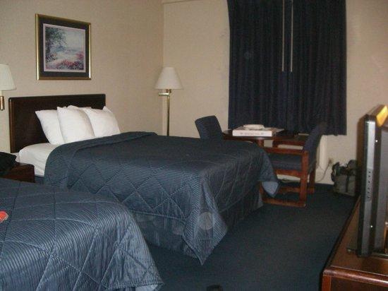 Comfort Inn Aikens Center:                   Double beds in standard room