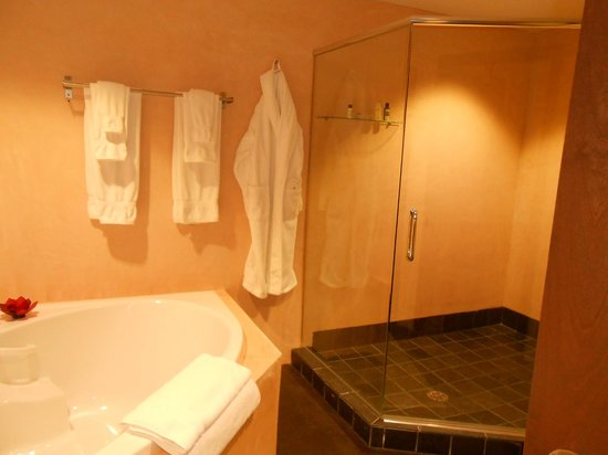 Inn at The Black Olive:                   spa Jacuzzi bathroom; towels...bathrobes; all organic