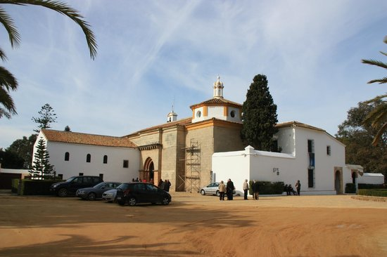 Monasterio de La Rábida:                   Vista exterior del monasterio