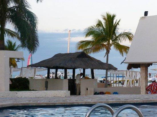 Ocean Spa Hotel:                   vista hacia la playa