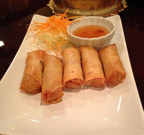 Siam Thai Restaurant:                   Poh Pia