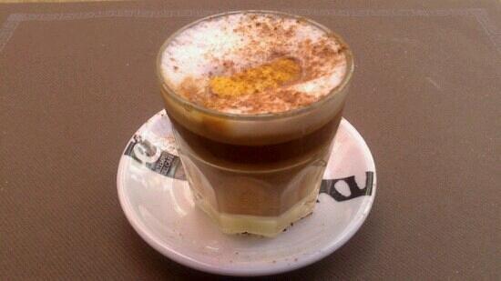 La Hierbita:                   barraquito coffee