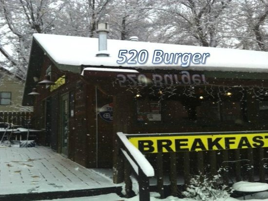 520 Burgers: 520 Burger-Snowy Day!