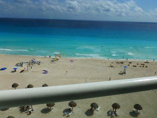 Sunset Royal Beach Resort:                   Vista desde la habitación