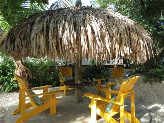Bamboo Bali Bonaire Resort:                   Bamboo's sitting area