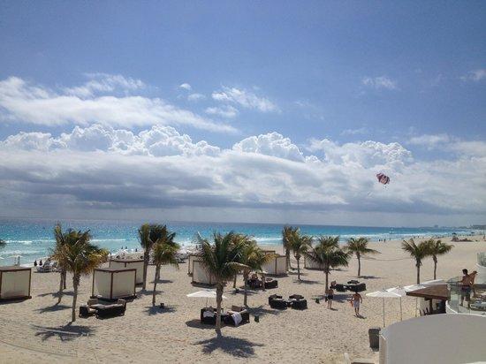Le Blanc Spa Resort:                                                       Beach