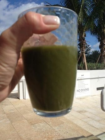 Florida Cookery: this healthy smoothly looks bad, but was delicious!!