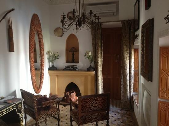Riad Asrari:                   African suite