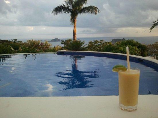 Hotel Parador: las piscina