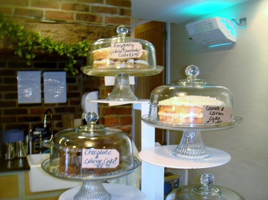 Winchelsea Farm Kitchen:                   More lovely cakes