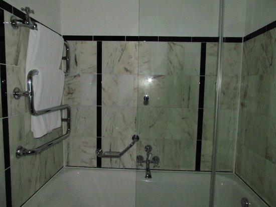 Le Meridien Grand Hotel Nurnberg:                   bagno
