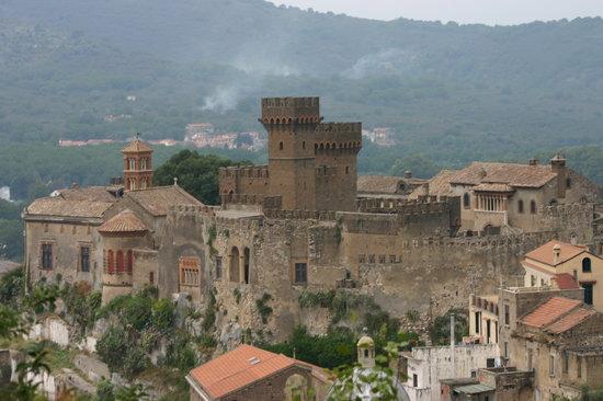 Castello Lancellotti : castello panorama