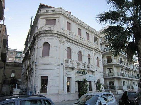 Lungomare Hotel:                   hotel lungomare