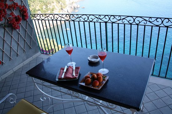 Il San Pietro di Positano:                   A snack on our balcony