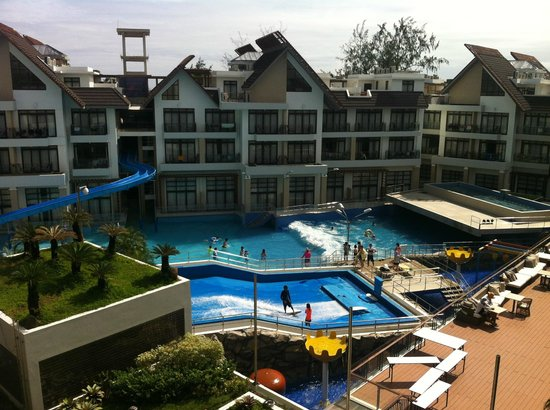Crown Regency Resort & Convention Center: the pool looks somewhat poor