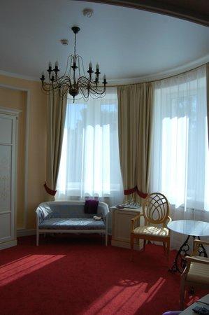 "Residence Hotel & SPA:                   Номер ""Ротонда"""