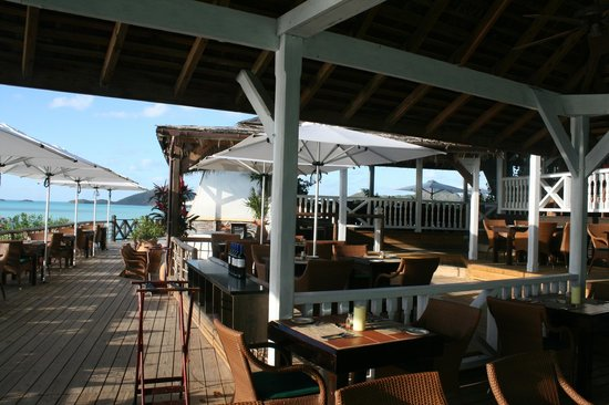 Cocobay Resort: dining area