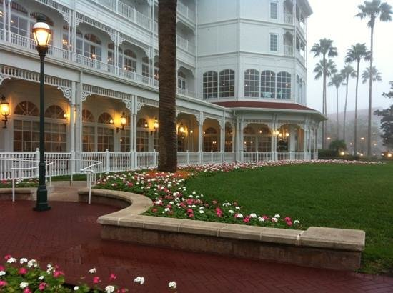 Disney's Grand Floridian Resort & Spa:                   early morning mist