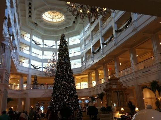 Disney's Grand Floridian Resort & Spa:                   inside lobby