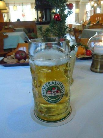 Hofbrauhaus-Keller: Hofbrauhaus Beer