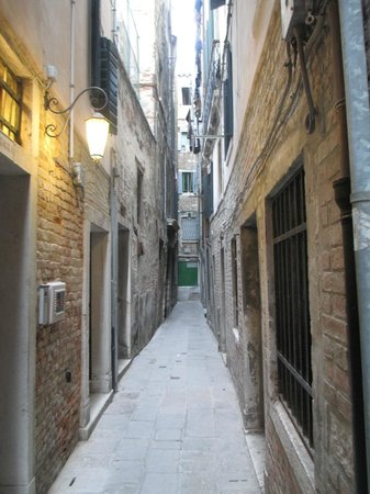 "Residenza Ca' San Marco: ""Street"" hotel is on"