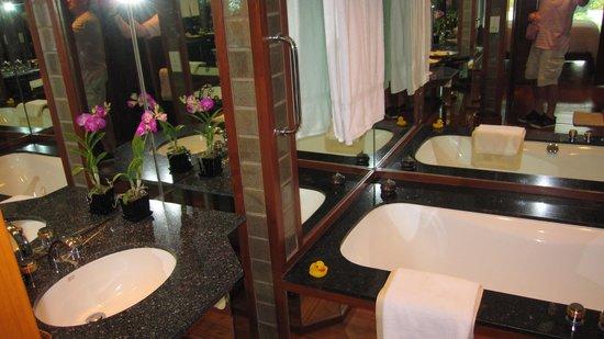 The Sukhothai Bangkok: La salle de bain