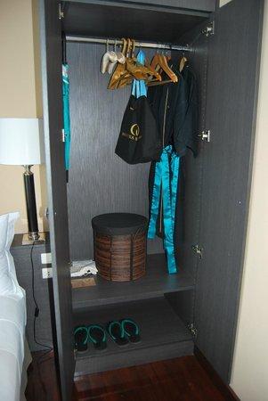 มันตรา สมุย รีสอร์ท:                   closet