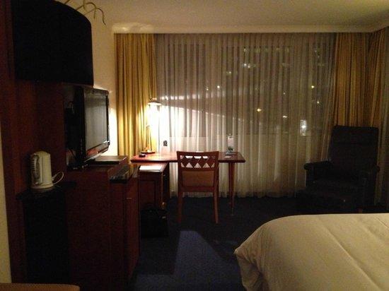 The Westin Grand Munchen:                   Zimmer  Nr. 601