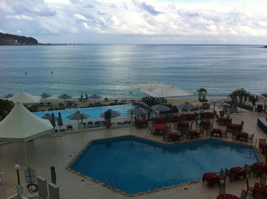 Great Bay Beach Resort, Casino & Spa: Beautiful Ocean View From Room