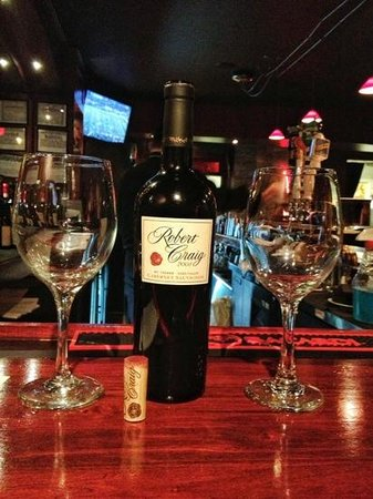Mio Vino Wine Bar & Bistro: Robert Craig wonderful choice!
