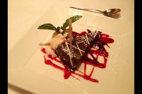 Parc Bistro: Chocolate Torte with Troeg's ice cream