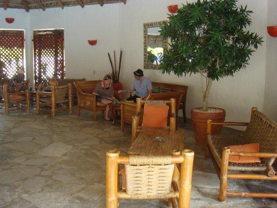 華拉巴華羅飯店照片