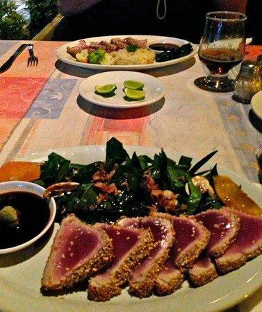 El Mediterraneo : amazing tuna sashimi