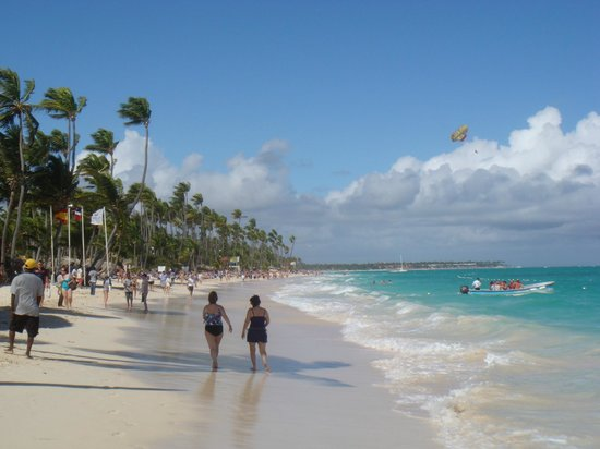 whala!bavaro:                   The beach just 2 minutes walking from the hotel.