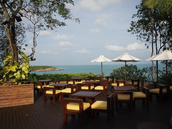 Six Senses Samui: Lounge to have sunset drinks