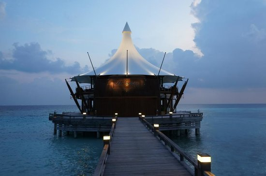 Baros Maldives :                   Lighthouse restaurant