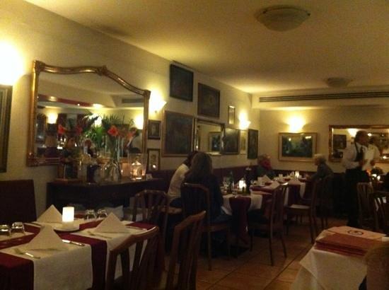 Osteria Del Buongusto bei Domenico im Schwedenhof:                   dining area