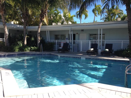 Orchid Key Inn:                   Quiet pool side