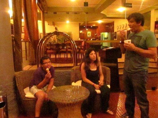 Faraona Grand Hotel: Entrando al hotel