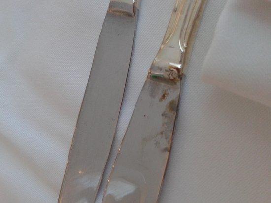 Grand Hotel Terme di Augusto:                                     avrei dovuto tagliare con questo coltello