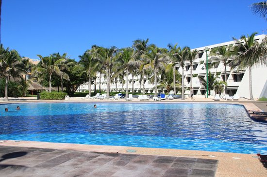 Grand Oasis Cancun - All Inclusive:                   enorme piscina