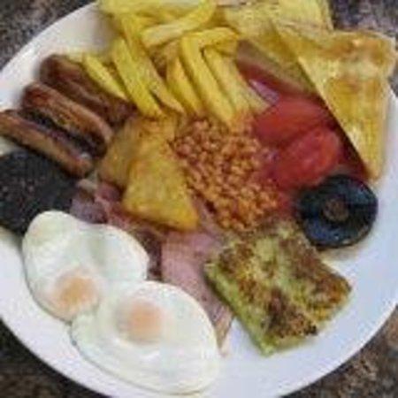 The Cafe: Mega Breakfast