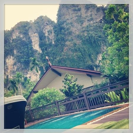 Aonang Phu Petra Resort, Krabi Thailand:                   pool area
